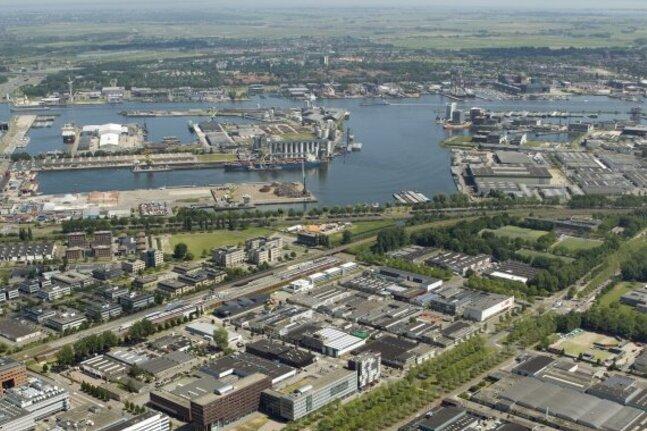 Uitbreiding van het havengebied van Amsterdam